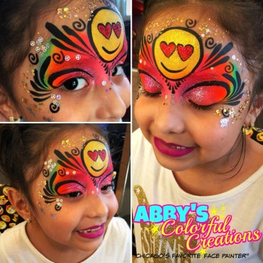 chicago_face_paint_abby_ascencio_girl_design_emojis_heart_eyes_rainbow_glitter_mask_gold_silver